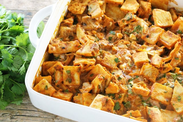 All the flavors you love from Chicken Tikka Masala in the form of a naan bread stuffing. It's new, it's amazing, and you're going to love it. You might even say it's naan-traditional!