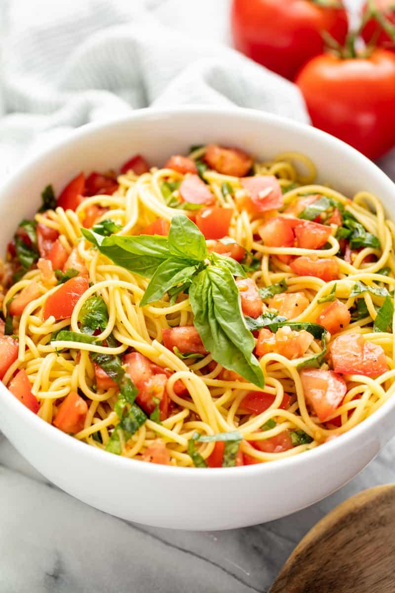 15 Minute Tomato Pasta