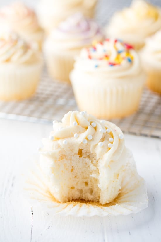 white wedding cupcake recipe
