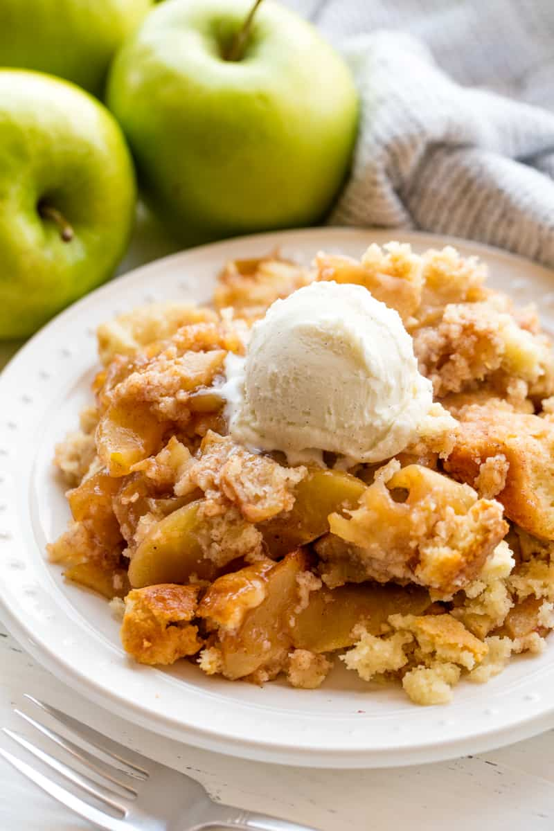 Old Fashioned Apple Cobbler