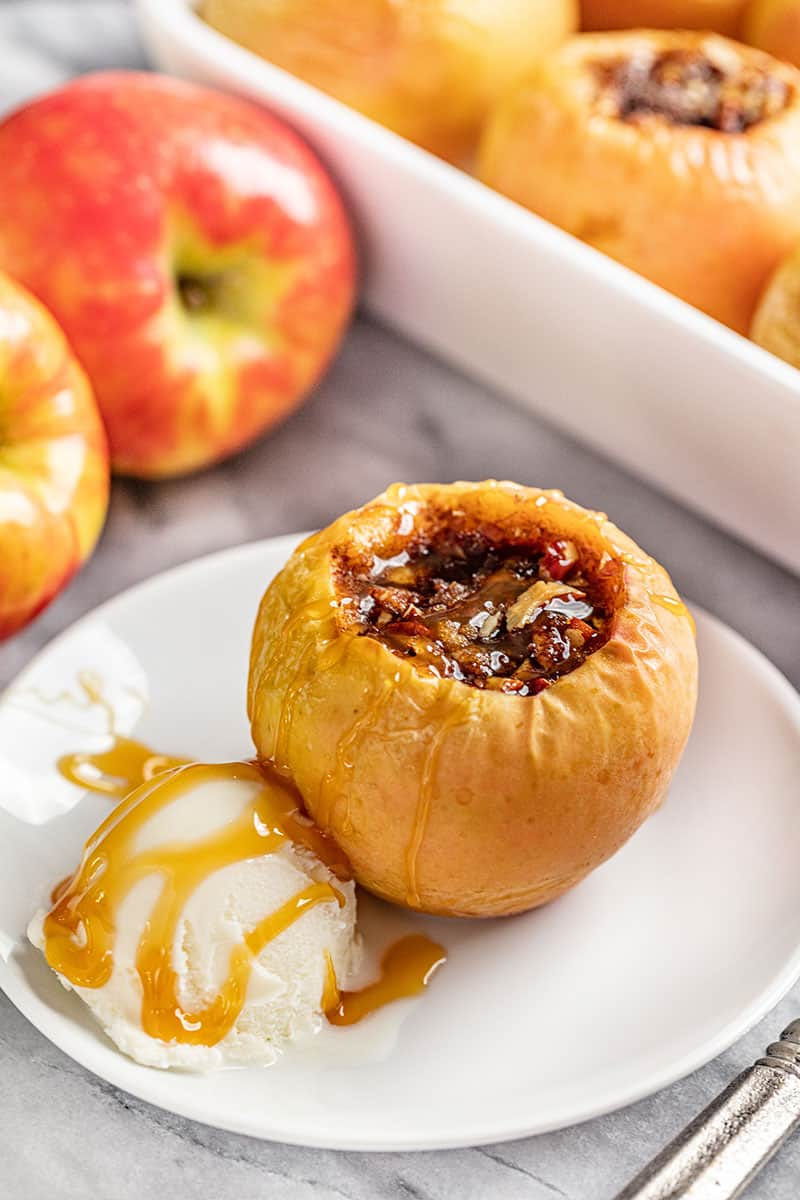 Classic Baked Apples