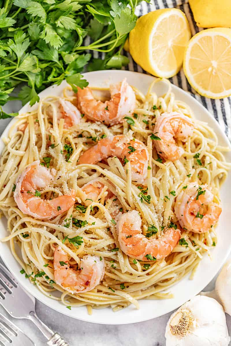 An overhead view of a plate of shrimp scampi.